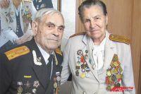И через 70 лет нежность никуда не делась. Александра и Николай Трынины.