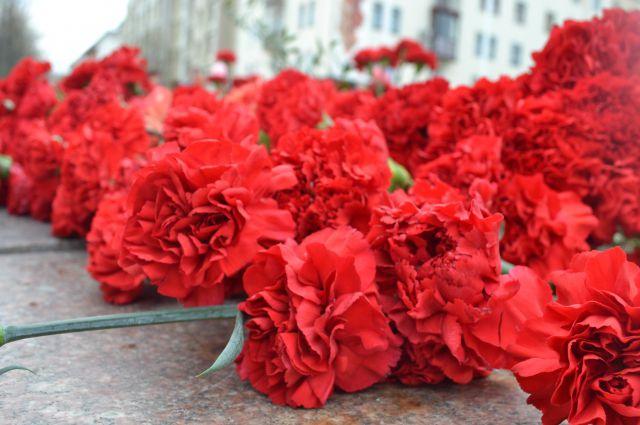 Монумент откроют в честь Дня Победы.