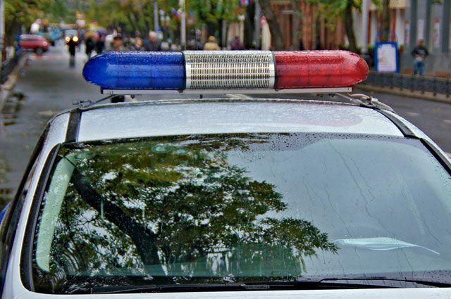 Полицейские устанавливают все обстоятельства ДТП.