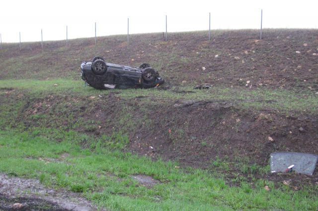 На трассе «Дон» вместе с мамой-водителем в кювет попал 5-летний ребёнок
