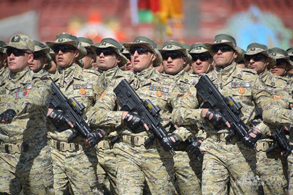 Военнослужащие Национальной армии Азербайджана.