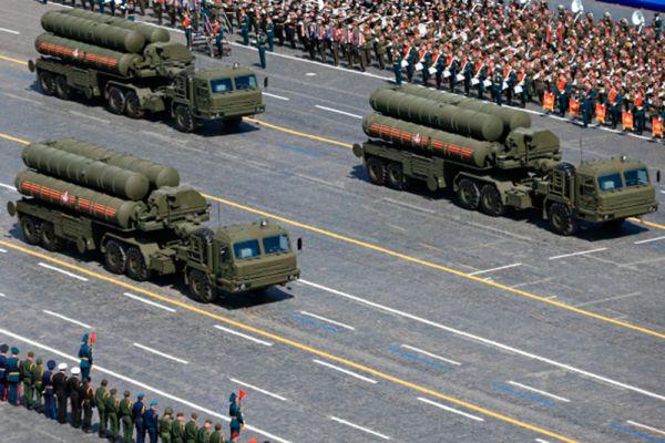 Зенитный ракетный комплекс С-400 «Триумф».