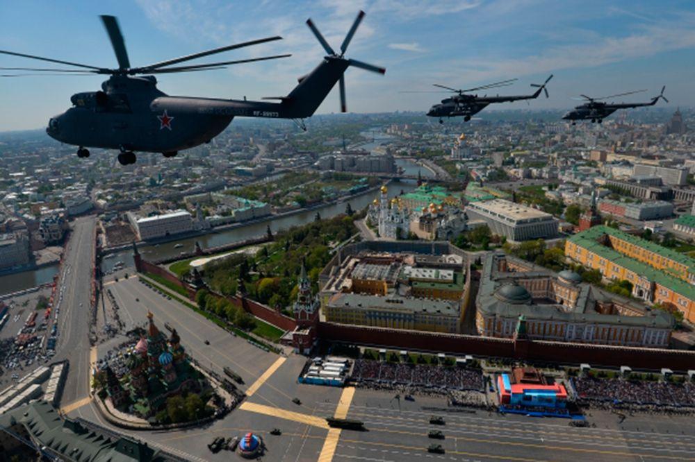 Тяжелый транспортный вертолёт Ми-26, многоцелевые вертолёты Ми-8.