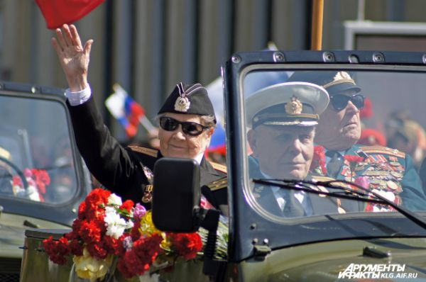 Ветеран войны на параде Победы в Калининграде.