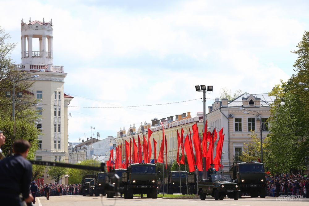 Парад Победы в Смоленске.