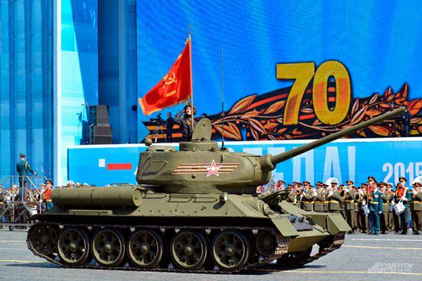 Средний танк Т-34-85 периода Великой Отечественной войны.