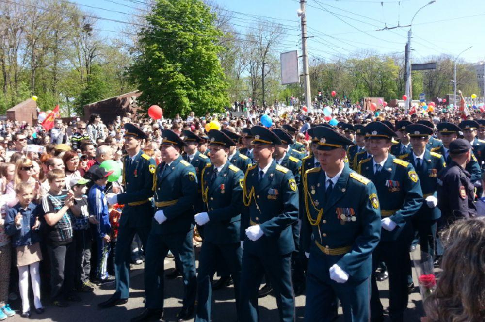 Военные маршем прошли по Липецку