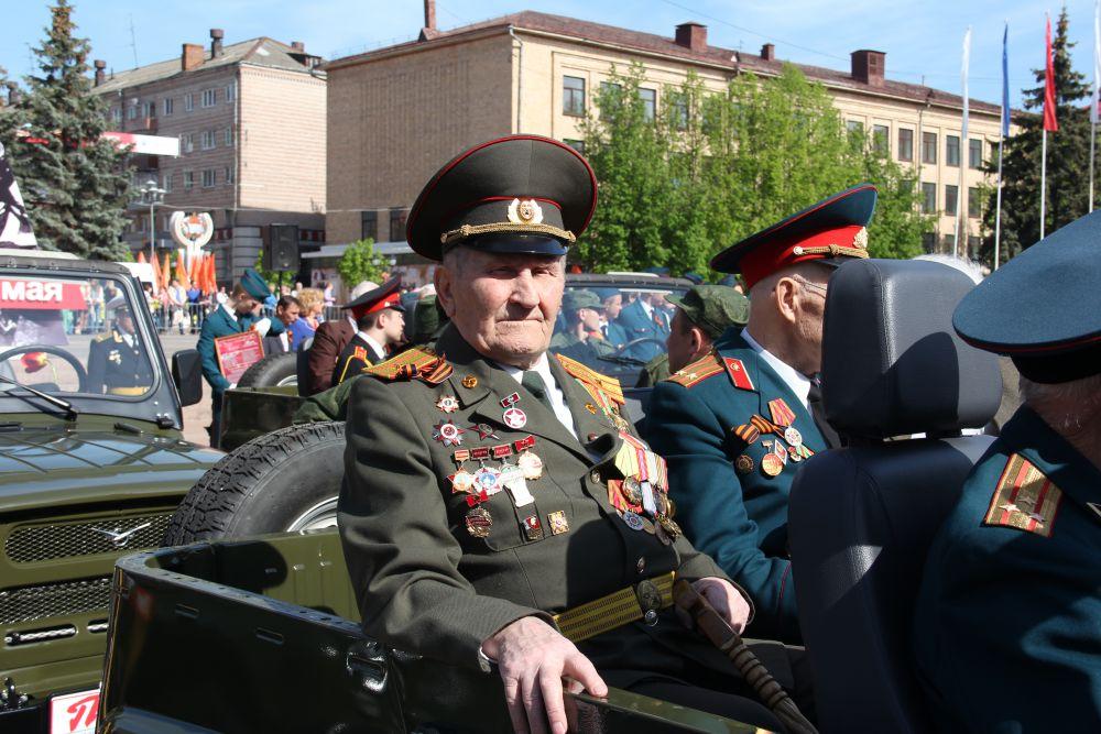 Ветераны Великой Отечественной войны в Параде Поколений.