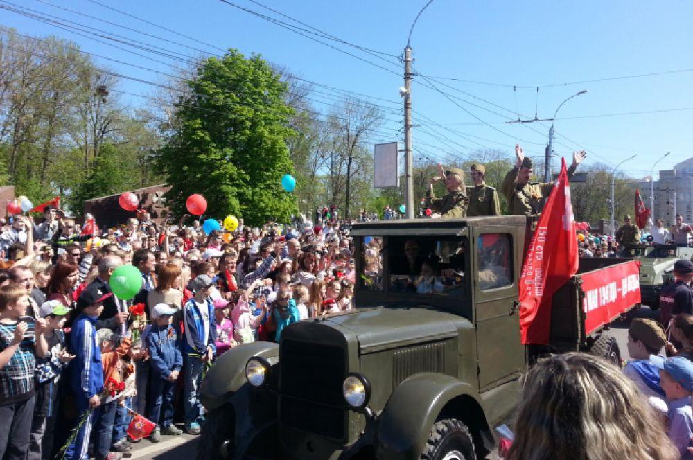 В Параде приняло участие несколько единиц военной техники