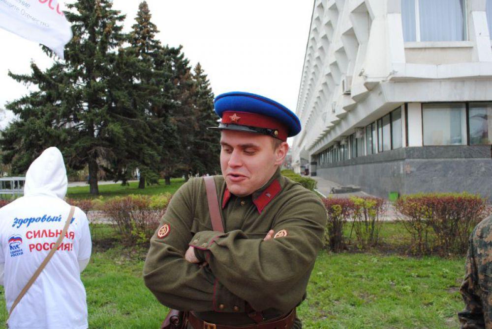 НКВД-шник. Спецслужбы - всегда рядом с партией и правительством