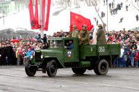 ЗИС-5 на Параде Победы в Петропавловске 9 мая 2005 года