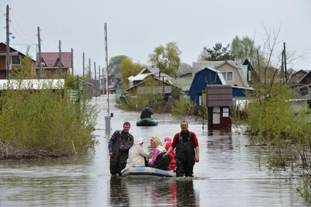 Он отметил, что увеличение сброса воды из Новосибирского водохранилища в Обь необходимо для обеспечения бесперебойной и безаварийной работы Новосибирской ГЭС.