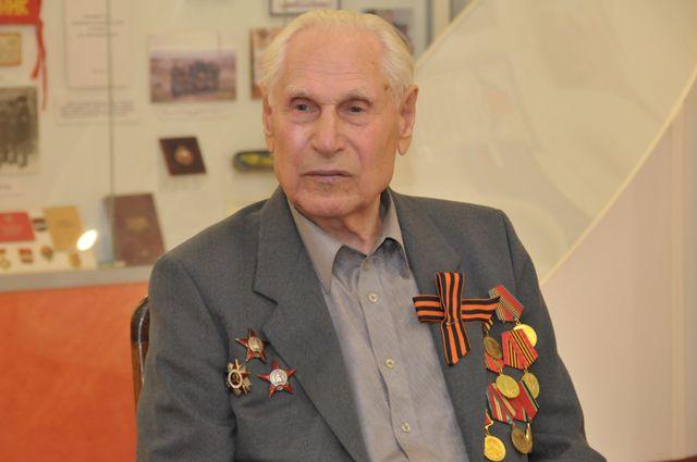 Омский ветеран побывал на параде в Москве.