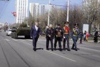 Частичку пламени, горящего у Могилы Неизвестного Солдата, доставили в Пермь 7 мая.