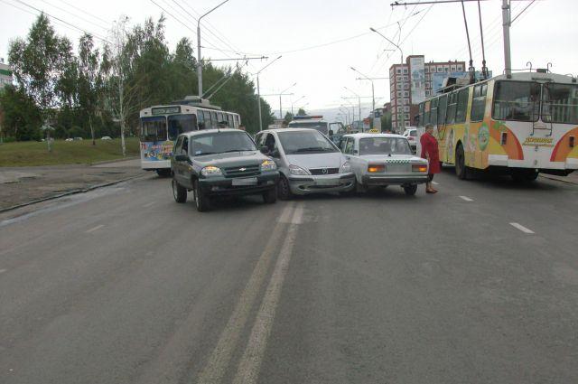Оценщик может «не заметить» всех повреждений, а страховая компания вместо 80 тыс. рублей выплатит всего 3 тыс. Такая теперь арифметика.