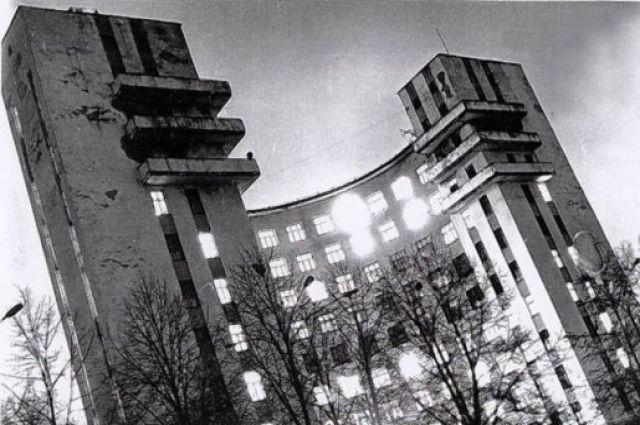 Екатеринбургскую гостиницу «Исеть» украсят световой инсталляцией