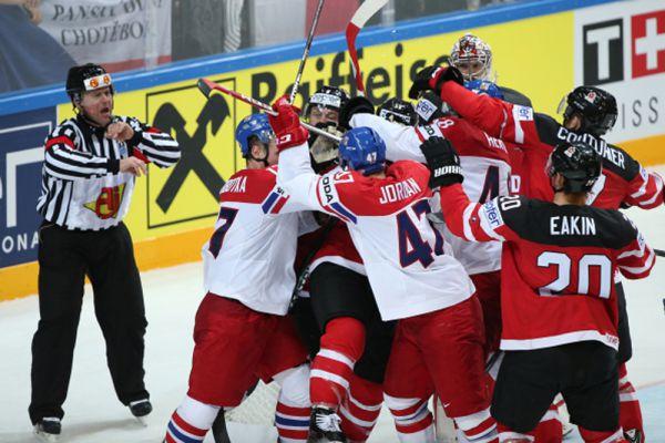 Конфликт между игроками в матче группового раунда чемпионата мира по хоккею 2015 между сборными командами Чехии и Канады.