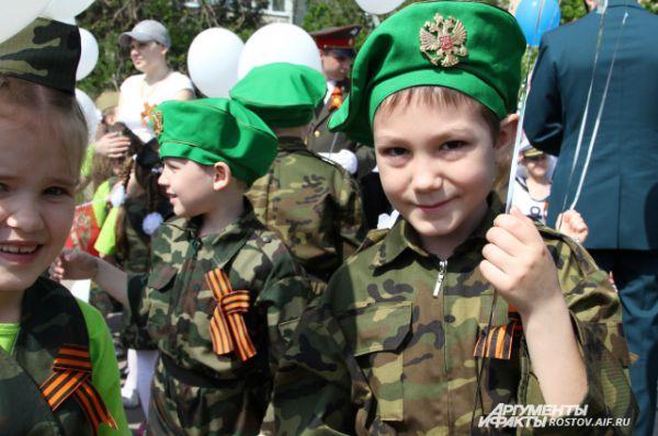 Дмитрий, 7 лет: «Пограничники защищают Родину, они храбрые, у меня прадед воевал на войне!»