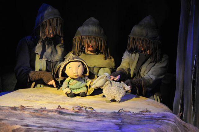 Иркутский театр познакомил омичей с преданиями Прибайкалья.