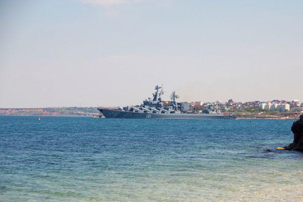17 мая начнется активная фаза уже четвёртых по счёту российско-китайских военно-морских учений. В прошлые разы манёвры проводились в Желтом море (2012 год), Восточно-Китайском море (2014 год) и Японском море (2014 год).