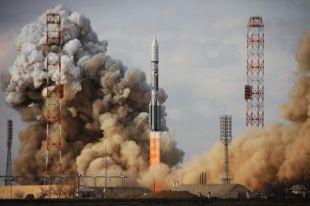 С Байконура стартует «Протон-М» с мексиканским спутником связи