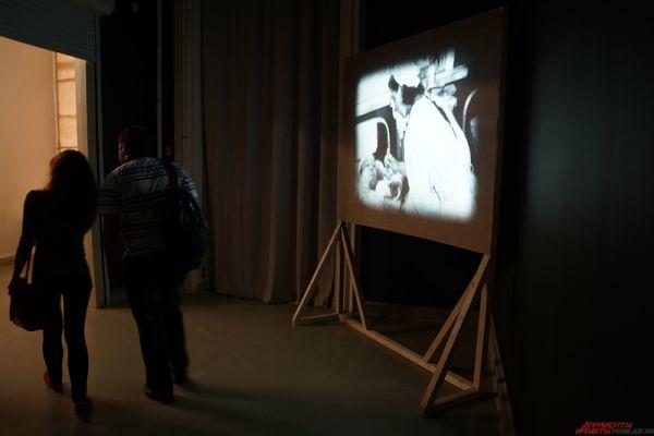 На протяжении всей акции в галерее работали несколько площадок, на которых зрители встретились с «прошлым» Перми.