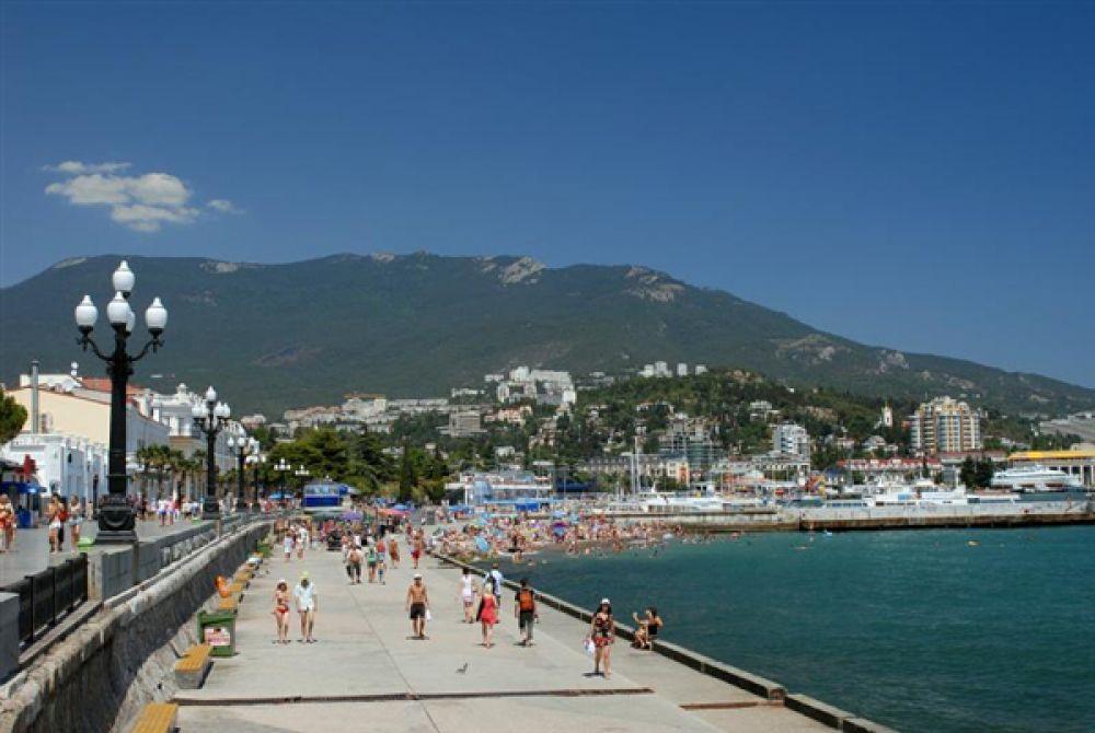 Ялта. Город-курорт в южной части Крыма.
