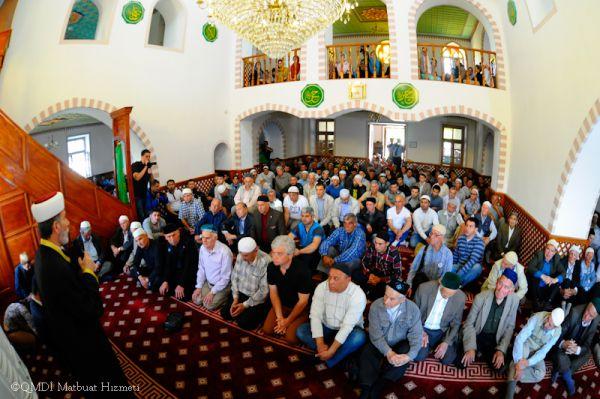 18 мая одновременно во всех мечетях Крыма прошли традиционные молитвы (дуа) в память о жертвах депортации крымскотатарского народа.