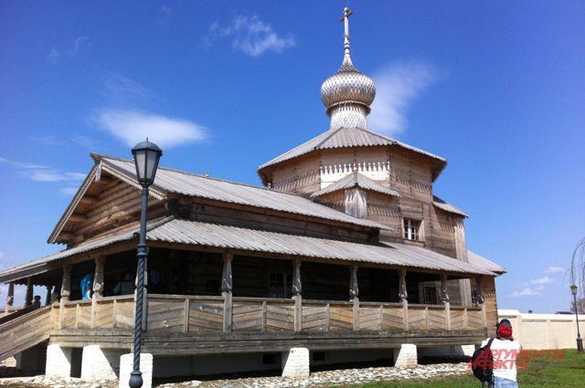 Свияжск, памятник деревянного зодчества.