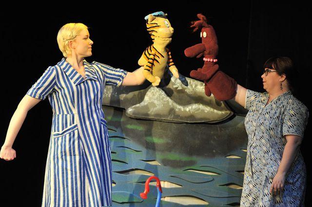Финский театр «Аксели Клонк» выступил в Омске.