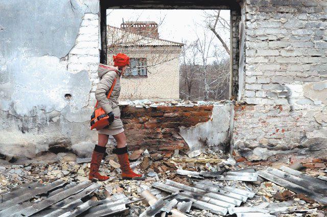 Дебальцево, крупнейший на Украине железнодорожный узел, разрушено на 80%.