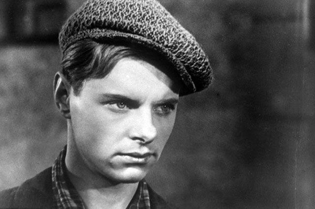 Кадр из фильма «Сын». Андрей Горяев — актёр Леонид Харитонов. 1956 год.