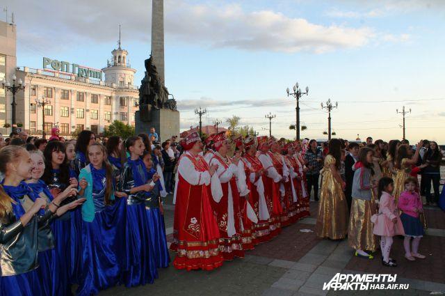 «Поющая площадь», 2014 год, Хабаровск, Комсомольская площадь