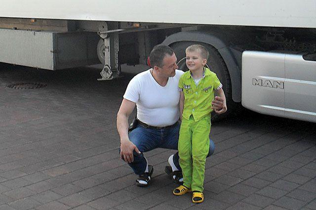 Мстислав Запашный с одним из своих сыновей.