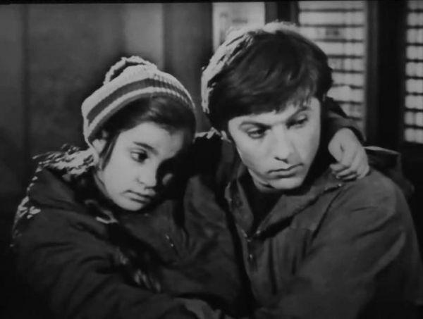 Актер снялся в более чем двадцати картинах. Кинокарьеру он начал, сыграв в фильме «Сестра музыканта» в 1971 году и через год – в фильме «А зори здесь тихие» (1972) Станислава Ростоцкого. 1973 год принес актеру еще две роли: в картинах «Облака» и «Ребята с нашего двора».