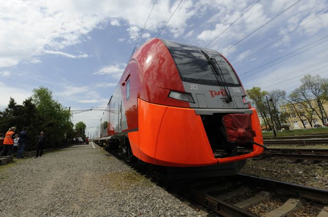 В России уже ходят скоростные поезда.