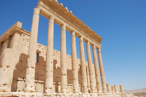 Оденату наследовал его сын, Гайран, вскоре умерший, а потом другой сын, также Оденат, ставший на сторону римлян в их войне с персами и получивший за это от Валериана и Галлиена в 258 году титул consularis (губернатора в ранге консула). Не удовольствовавшись этим титулом, он, после того, как Валериан попал в плен к персам, провозгласил себя «царём царей» (в 260 году).