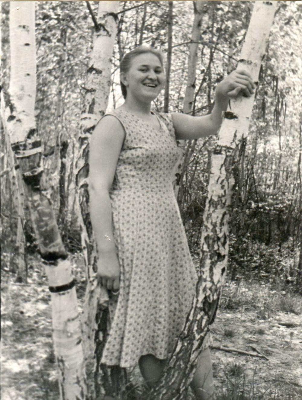 Выпускница конца 50-х годов.