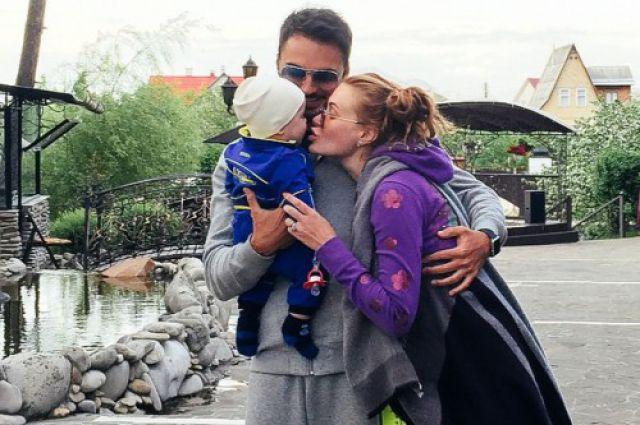 Славы из «НеАнгелов» с семьей