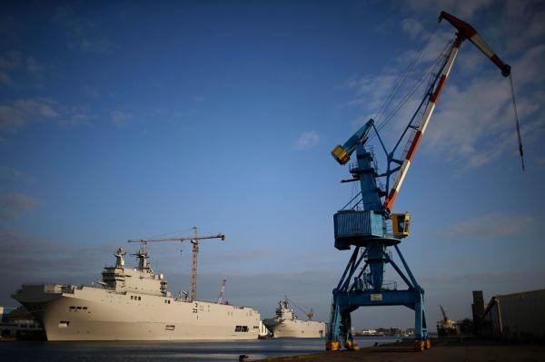 Критики и по сей день считают, что корабли, изначально спроектированные для действий в условиях тропических морей, вряд ли усилят российские ВМС. Заказ стоимостью в 1,2 миллиарда долларов куда больше был необходим французским кораблестроителям, нежели российским морякам.