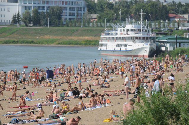 Скоро в Омске начнётся пляжный сезон.