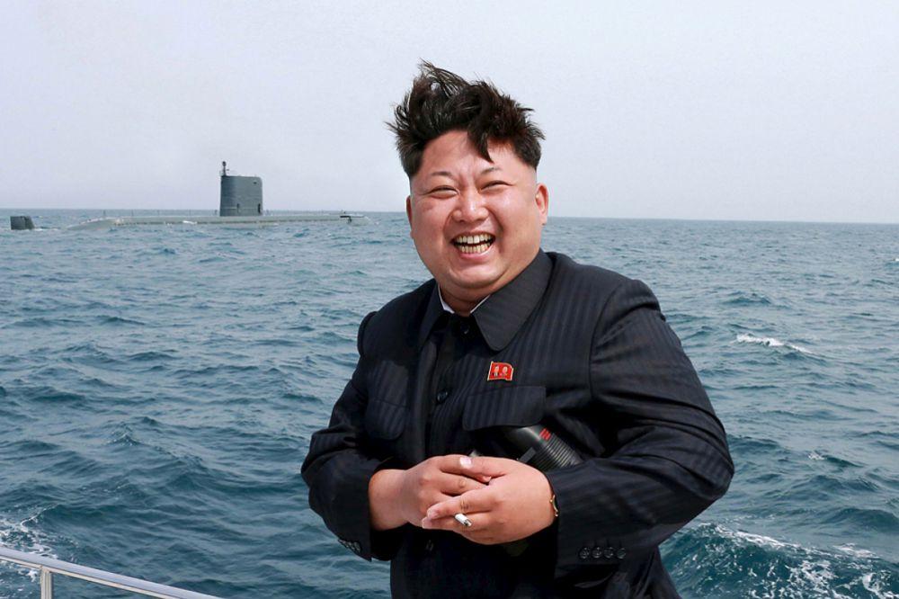 По состоянию на 2008 год, численность ВМФ КНДР составляла 46 000 человек, на 2012 год – 60 000. Срок службы по призыву 5-10 лет. Большую часть ВМФ составляют силы береговой охраны. Из-за несбалансированности состава флот имеет ограниченные возможности по контролю морских пространств. Основной задачей ВМФ является поддержка боевых действий сухопутных войск против армии Южной Кореи. ВМФ способен проводить ракетные и артиллерийские обстрелы прибрежных целей.