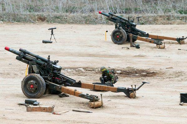 Так же на вооружении стоит некоторое количество буксируемых советских орудий 30-60-х годов.