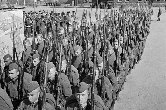 На войне погибли или пропали без вести более 11 млн советских солдат и офицеров.
