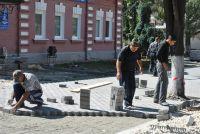 Было время, когда гастарбайтеры из Средней Азии встречались у нас на каждой ремонтируемой дороге.