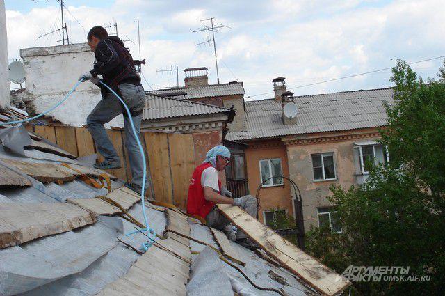 Ремонт дома на улице Гусарова.