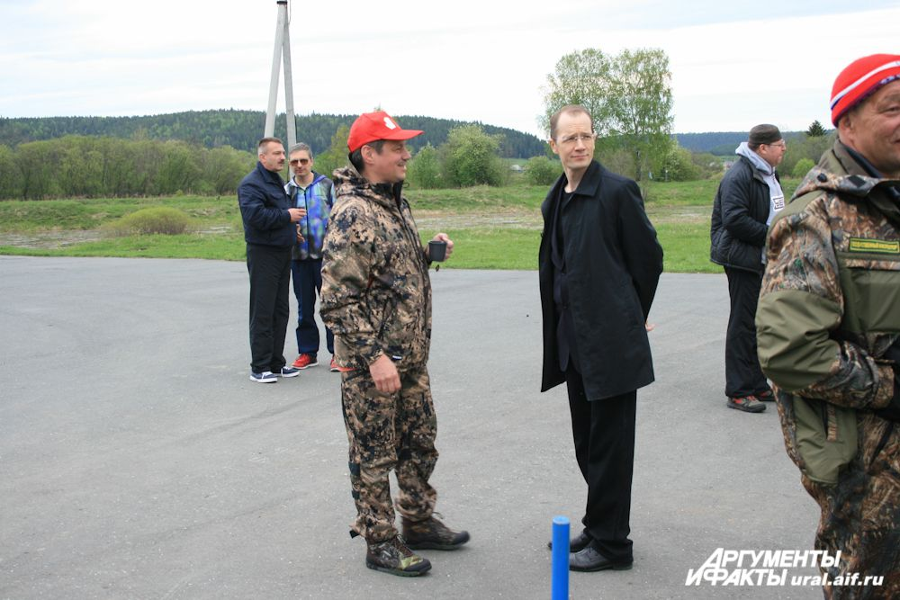 Раньше всех из VIP-персон на месте оказался председатель ФПСО Андрей Ветлужских.
