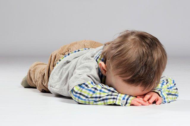 Почему ребенок падает в обморок без причины