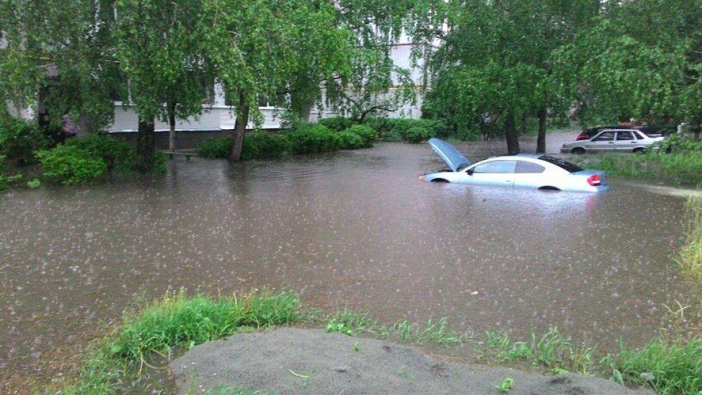Переулок Пилотов в Советском районе Брянска.
