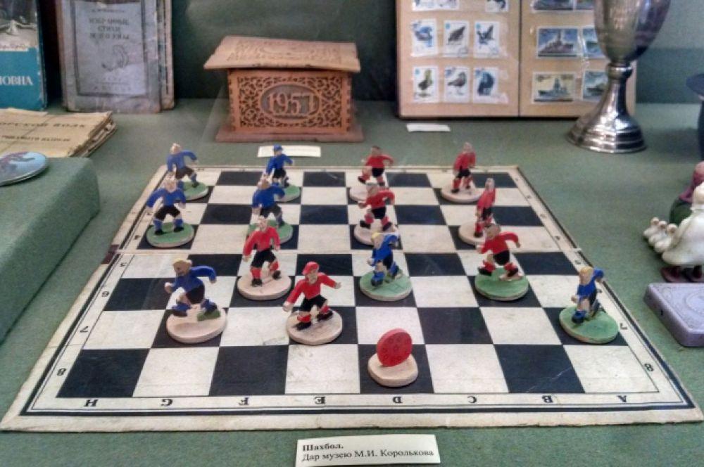 Такие вот необычные шашки.